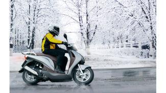 Mit der richtigen Bereifung auf zwei Rädern sicher durch die kalte Jahreszeit