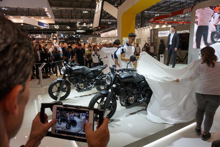 Vorstellung der Husqvarna Svartpilen 701 & Vitpilen 701 Aero Concept