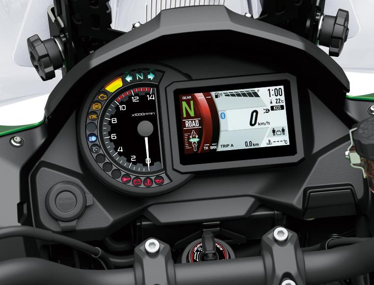 Kawasaki Versys 1000 - Digitale und analoge Instrumente im Cockpit