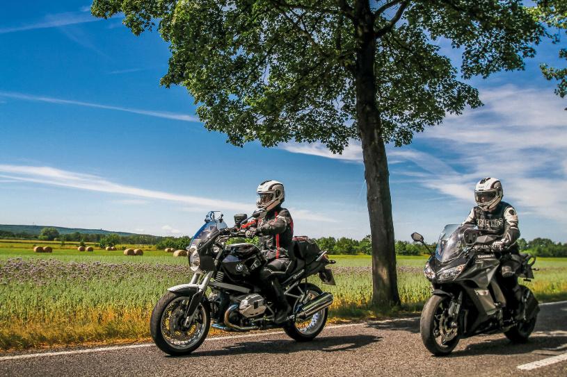 Man muss nicht immer weit reisen, selbst das vermeintlich flache Land bei Berlin bietet schöne Motorradstrecken!