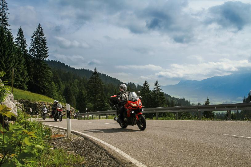 Unser Weg führt uns auf die höchste befahrbare Passstraße Deutschlands, den Riedbergpass.