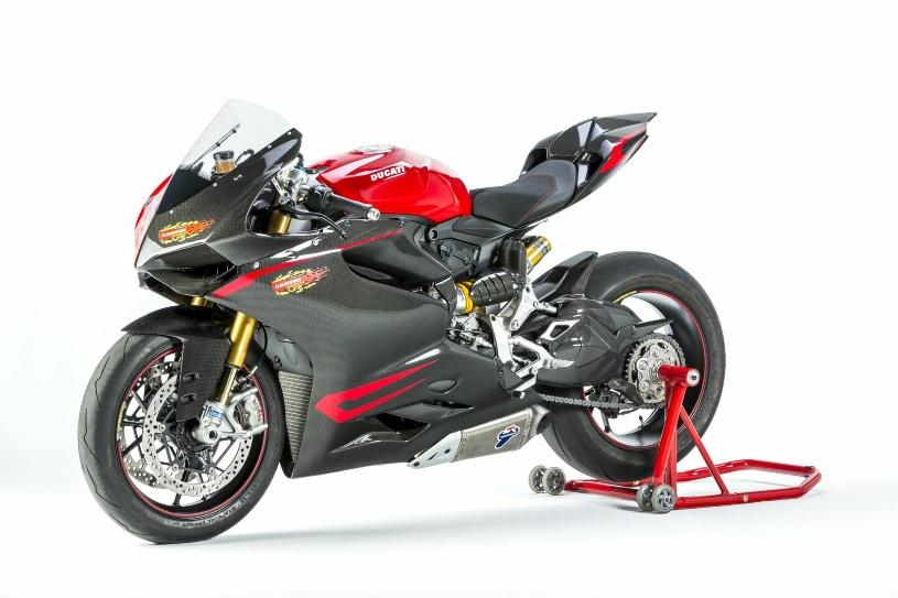 BMW S 1000 RR und Ducati Panigale Racing