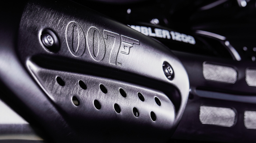 Triumph Scrambler 1200 XE Bond Edition 007