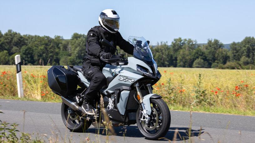 BMW S 1000 XR Sporttourenmotorrad mit Reihenvierzylinder GS Alternative