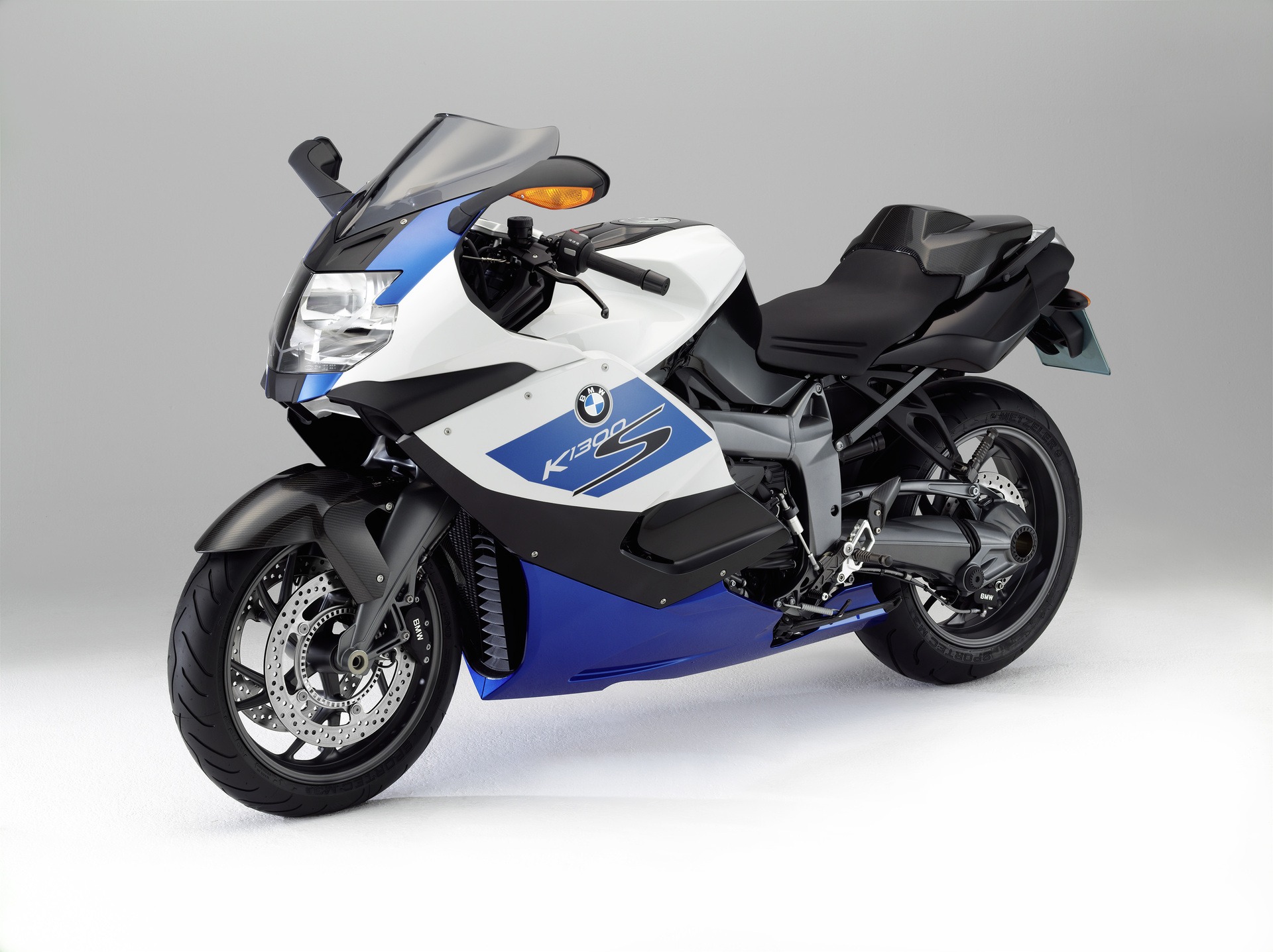 Where Is The Battery On Bmw K S Motorcycle