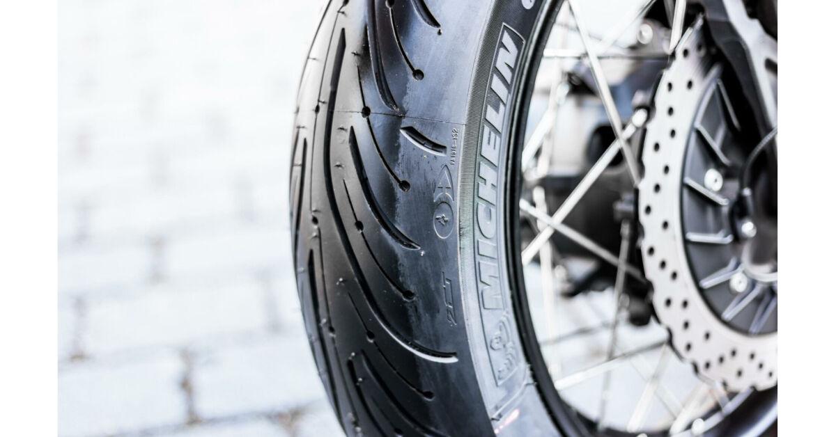 Michelin Pilot Road 4 Trail : reifentest michelin pilot road 4 trail motorrad ~ Medecine-chirurgie-esthetiques.com Avis de Voitures
