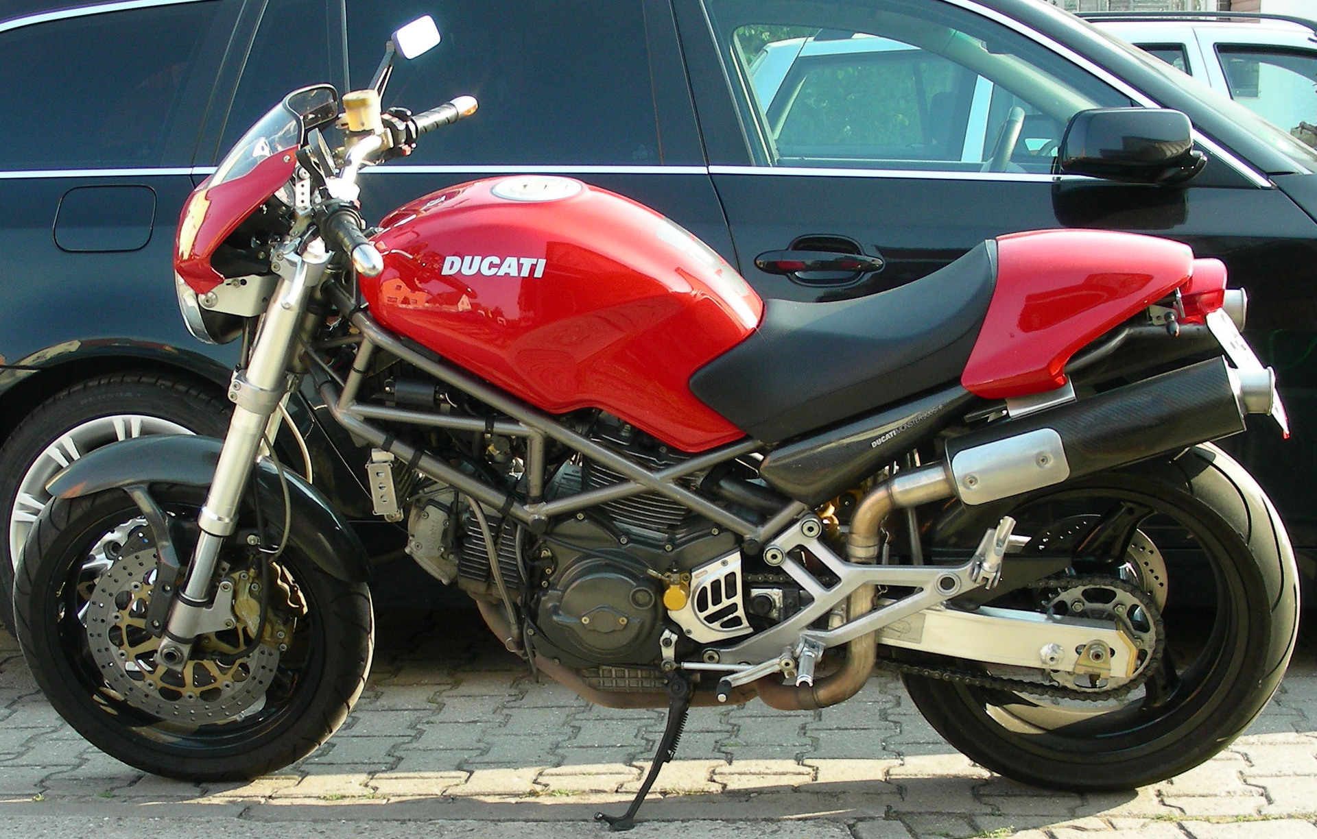 2000 Ducati Monster 900 I.E.