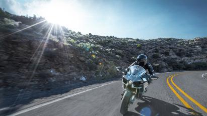 Kawasaki Roadshow - Präsentation von Kawasaki Ninja H2 und H2R beim Händler vor Ort - Locations & Termine