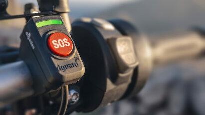 Neu bei Louis Motorrad: dguard, das Notrufsystem für Motorradfahrer