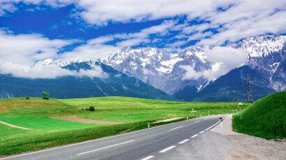 Tirol sperrt den Fernpass