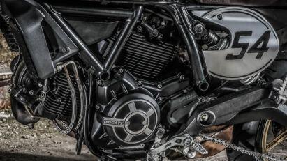 Ducati Scrambler Café Racer Motor