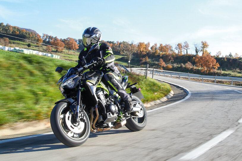 Kawasaki Z900 Test