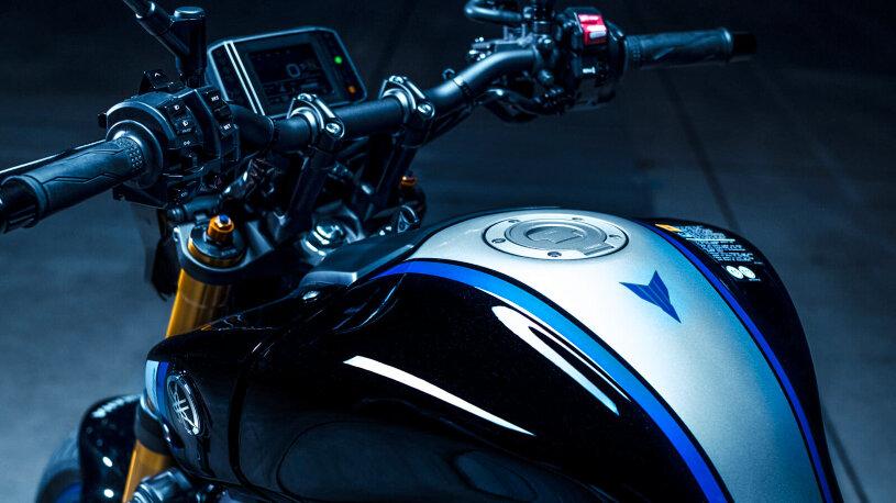 Eine Sonderlackierung kennzeichnet die Yamaha MT-09 als edle SP-Variante.