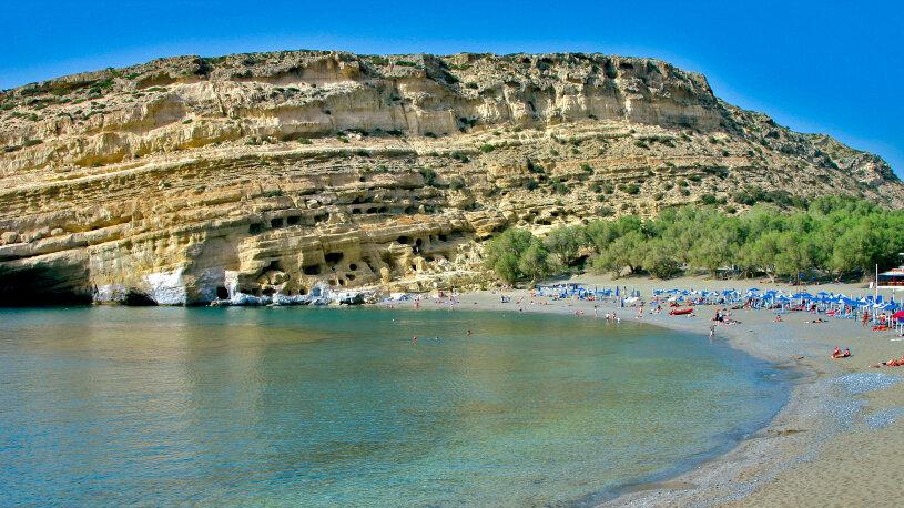 Wundervoll: Die Bucht vom Matala am Lybischen Meer.