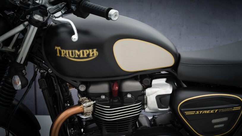 Triumph Street Twin Gold Line