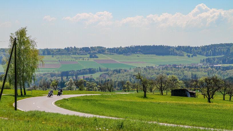 Wir fahren auf schmalen Straßen über Musbach nach Freudenstadt.